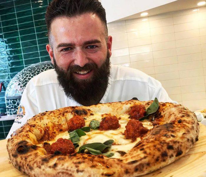 """Pizzeria """"Vincenzo Capuano"""" apre a Pompei"""