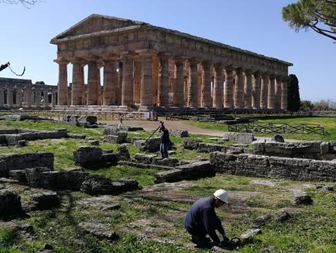 Nuovi scavi a Paestum…